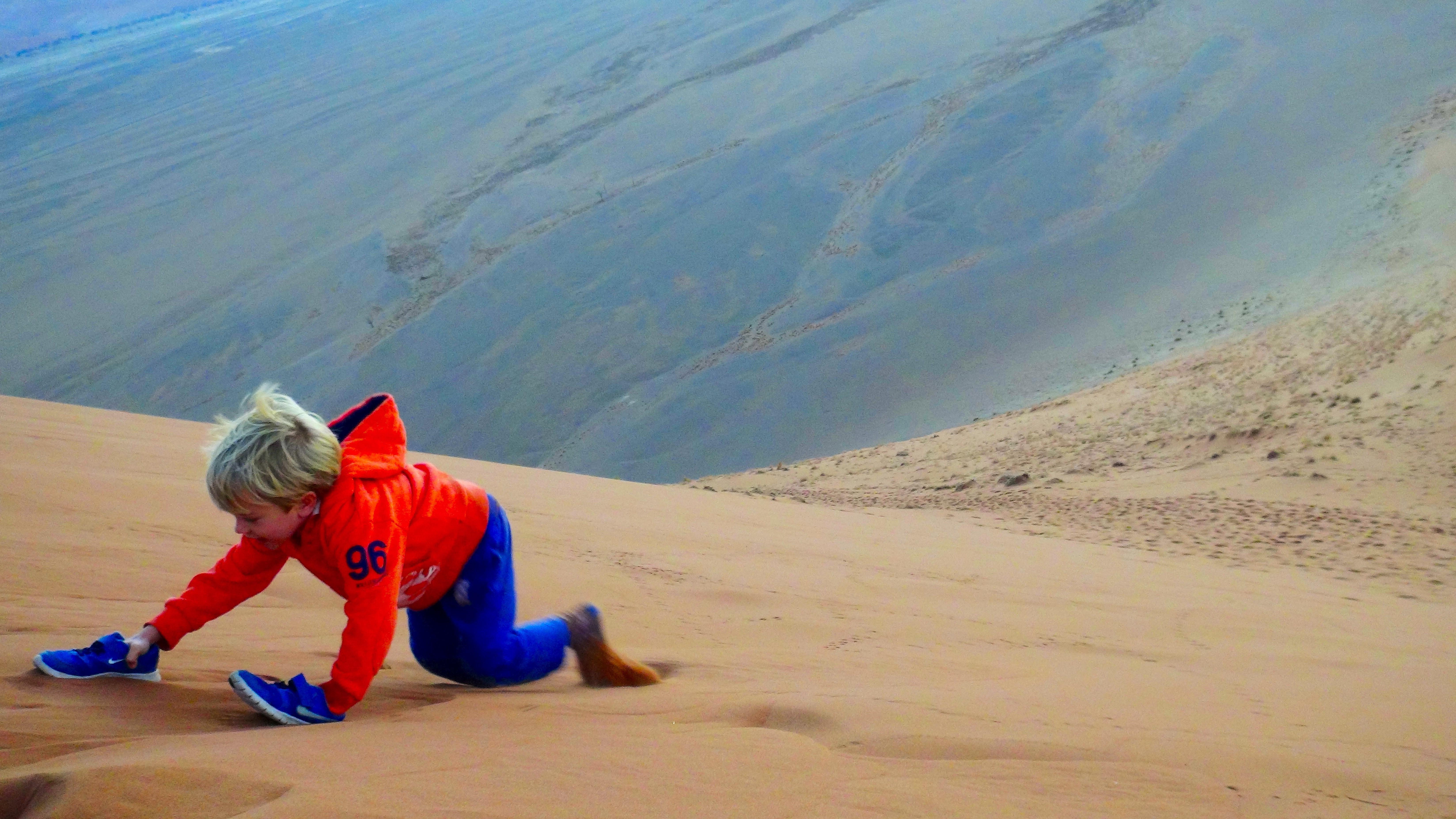 On s'amuse dans les dunes