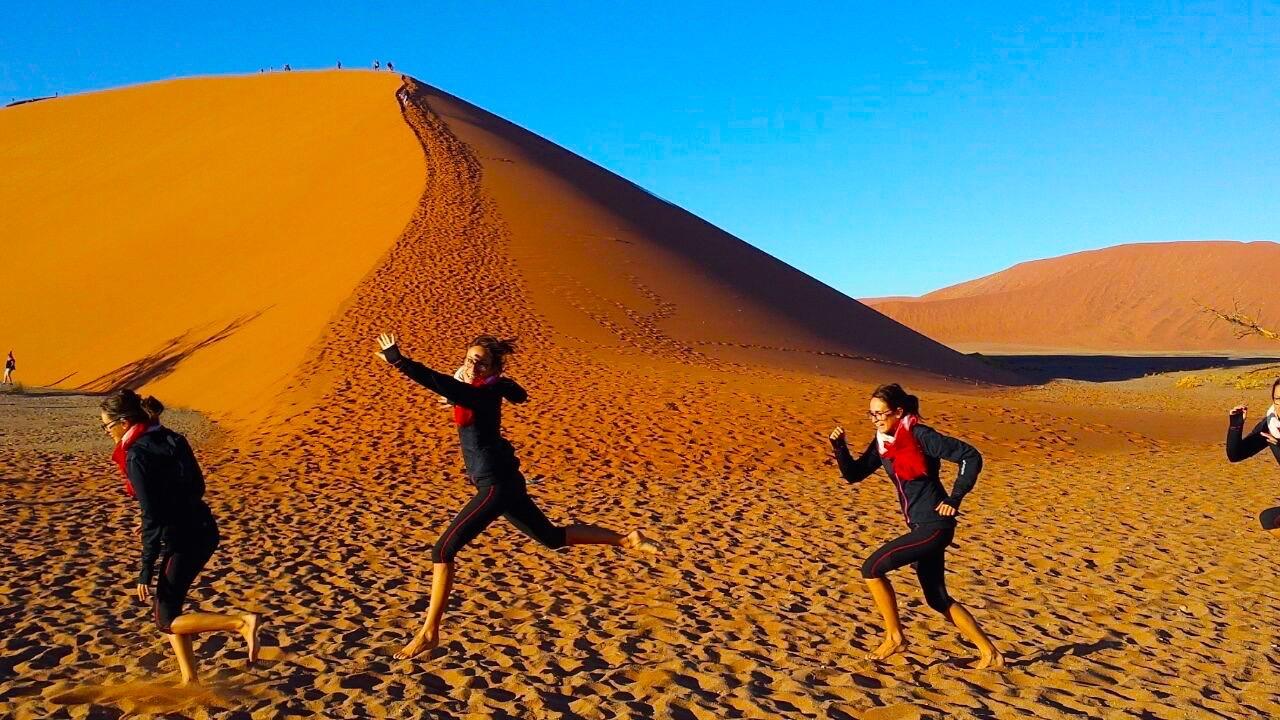 Sauter dans le desert