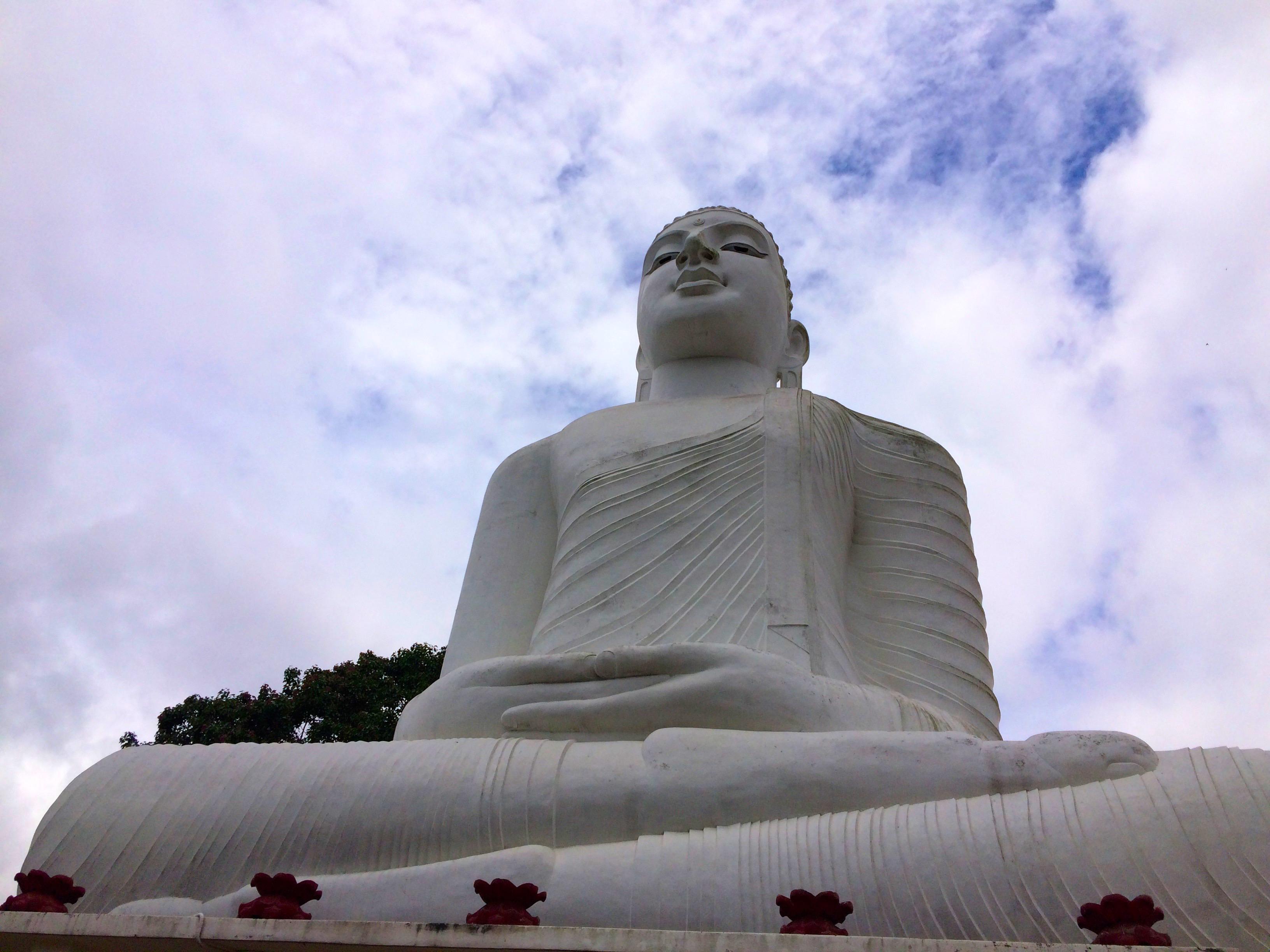 Bouddha blanc – Kandy